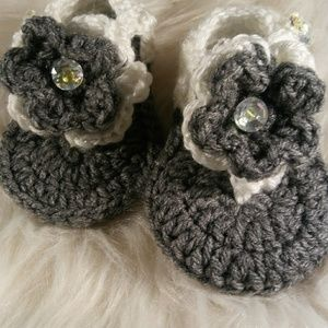 Baby Sandles Crocheted 3-6 Months